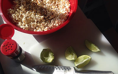 Homemade, Cheap and Healthy Chili Lime Popcorn